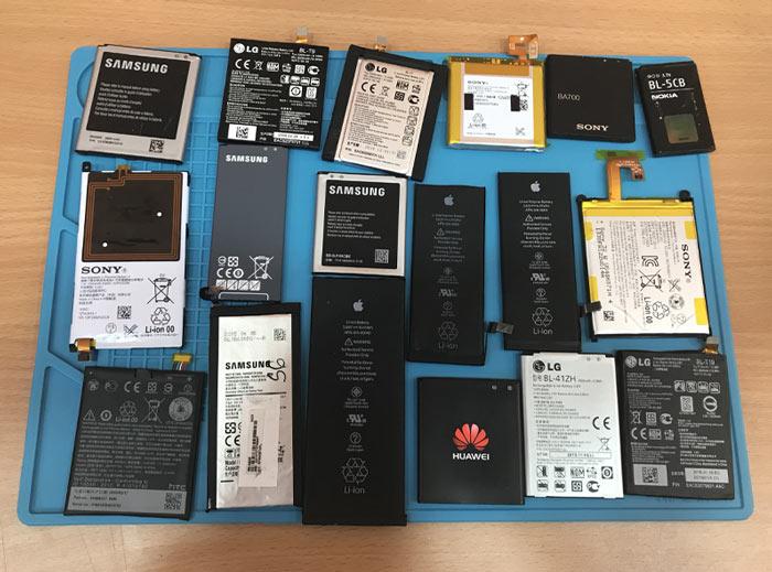 Смяна на батерия на телефон смартфон