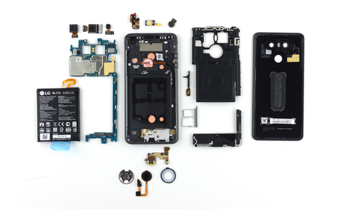 Смяна на батерия на смартфон LG