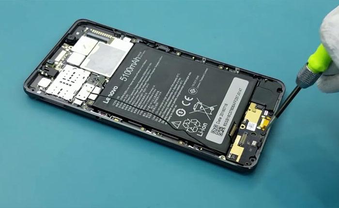 Професионална смяна на батерии на смартфони Леново