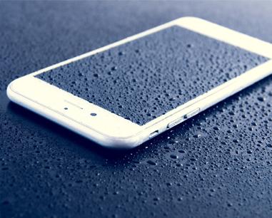 ремонт на айфон след поливане