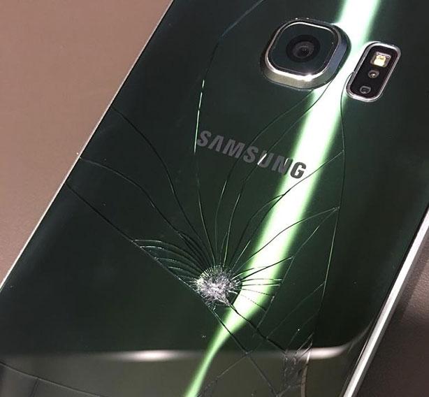 Смяна на задно стъкло на Самсунг